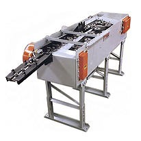 Bi-directional dual belt conveyor